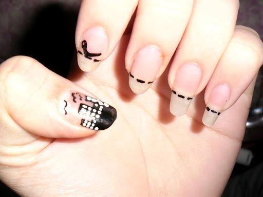 pastel nail art bow